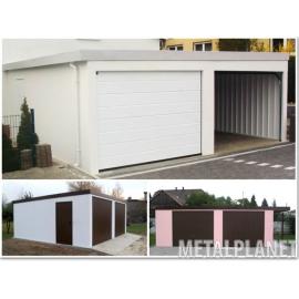 Garaż blaszany tynkowany jednostanowiskowy z dachem dwuspadowym.